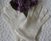 Crochet Gloves Vintage Fishnet Crochet Downton Abbey  Retro Wedding 1st Communion Flower Girl Tea Party Dance Free Shipping in US