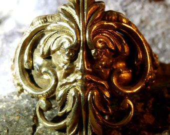 Unique Antique Late Georgian era Irish Gold Gilt Occult Wicca Ring Cernunnos - The Horned One a Fertility Celtic Deity Circa: 1780 – 1820