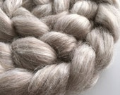 """Baby Alpaca and Tussah Silk Combed Tops """"Chai Latte"""" spinning felting natural undyed fibre 100g"""