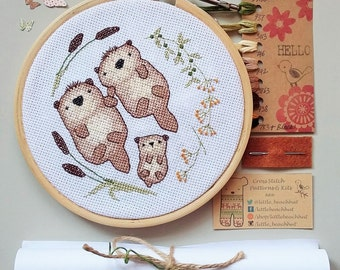Embroidery otter - cross stitch kit, otters holding hands, pregnancy announcement, baby shower, new baby card, family tree, sewing patterns