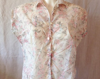 Top vintage, sleeveless, cream background, small pink flowers, T 42 / 44.