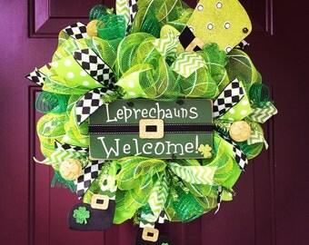 Leprechaun's Welcome St. Patrick's Day Mini-Deco Mesh Wreath