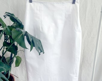 90s Vintage TERI JON White Skirt // Pencil skirt, high waisted, knee length, exposed zipper // Sz 4