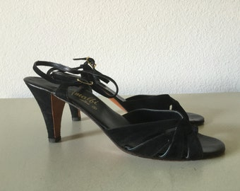 Vintage Shoes - Amalfi by Rangoni Black Suede Heels