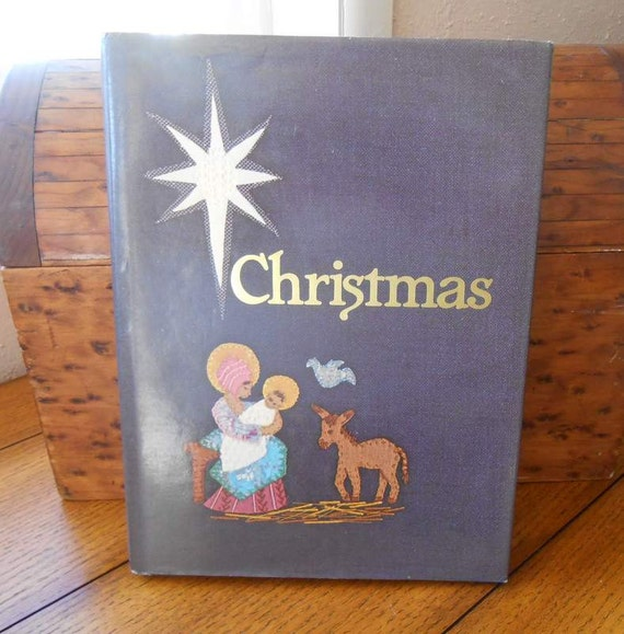 Rare Christmas 1978 Australia Published Family Christmas Around The World Book