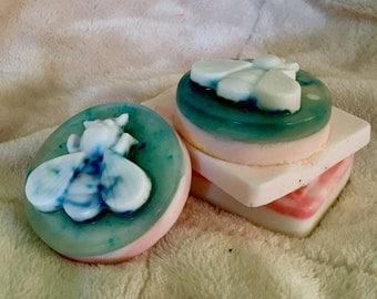Pastel bee soap bars (vanilla scent)