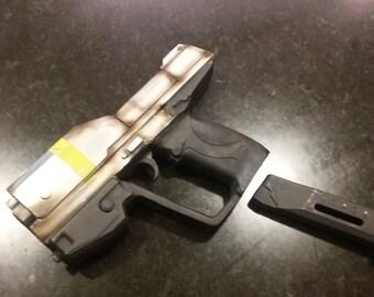 Airsoft Halo pistol