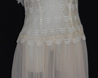 Vintage Creme Lace Dress Size 14  Made in U.S.A.