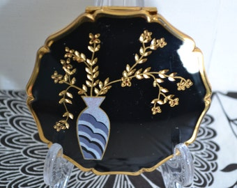Unusual Hand Engraved Vintage Stratton Powder Compact 1990's