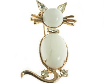 Little White Cat Brooch