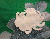 Vintage Kimono Kelly Green White Mum