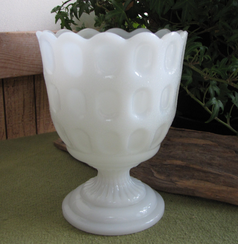 Vintage milk glass thumbprint planter eo brody m4200 cleveland vintage milk glass thumbprint planter eo brody m4200 cleveland oh white florist ware reviewsmspy