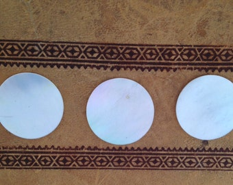 Mother of Pearl - Discs - Counters - Gaming Pieces - Craft Work - Art Supplies