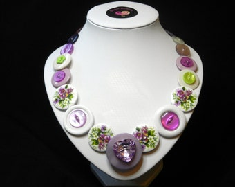 Button necklace - Floral Fantasy