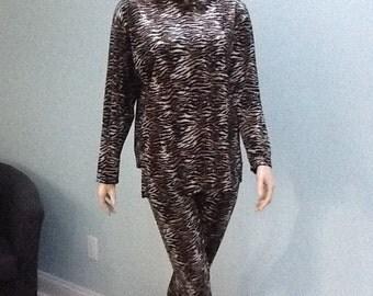 60's Lounge Wear,Size M, Zebra Print Suit