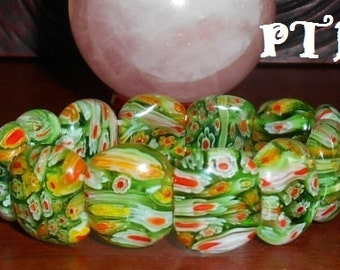 """Renewal ~ Authentic Green Lampwork Glass Large Bead 7.5"""" stretch Bracelet"""