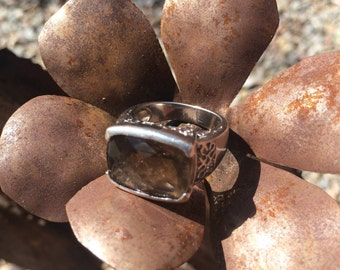 Sterling silver and smokey quartz ring