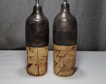 Made to order 7-12 business days** Ceramic olive oil cruet, pottery oil bottle, oil and vinegar ceramic bottle, Polished Rust / Leafs