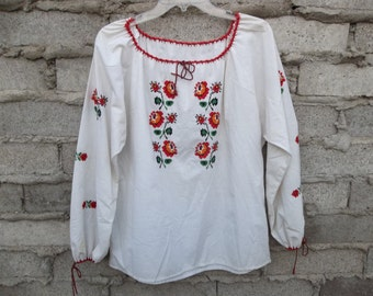 Vintage Peasant Blouse Cross Stitched sz fits Large Native European like Mexican Ethnic Tribal Folk  1980s 70s