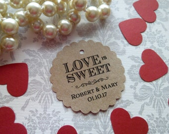 Love is Sweet Tag, Personalized Wedding Tag, Kraft Tags, Wedding Favor Tag, Favor Tag. Set of 25 to 300 pieces, Custom Language available.