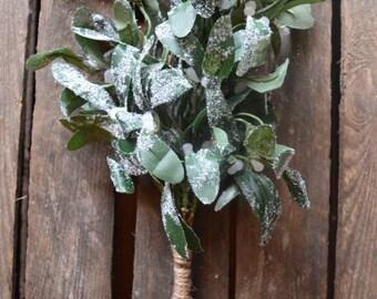 Faux / Artificial Frosted Mistletoe Bush