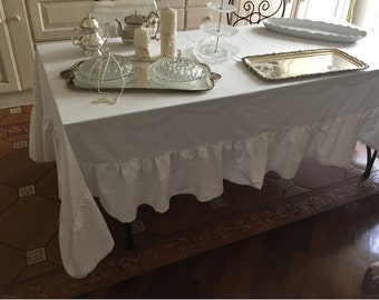 Tablecloth with lace white
