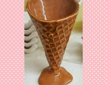 Ceramic Ice Cream Cone - Ice Cream Serving Dish - Waffle Cone - Ice cream - Ice cream cone - Ceramic Ice Cream Cone bowl - Ceramic bowl -