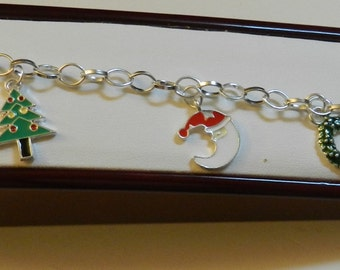 Silver Christmas charm bracelet  Bracelet V3