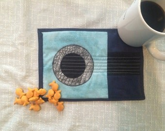 Blue Guitar Quilted Mug Rug