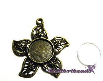 1x Large Flower Pendant Setting 27mm with Glass Cabochon - Antique Gold