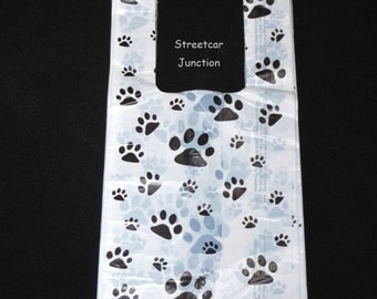 "100 PAW Print Plastic Shopping Bags .5 mil -- Dog / Cat / Pet .... 7"" x 16""  -- Shop, crafters"