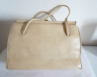 VINTAGE Ladies 1950's Cream Handbag with Two handles By McClaren Norwich