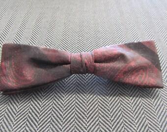 Men's Burgundy Paisley Clip Bow Tie