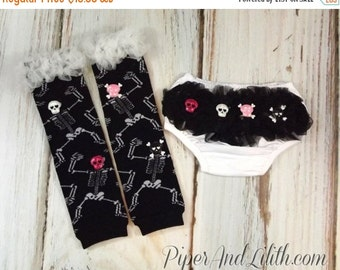 SALE 50% OFF Skull Outfit - Diaper Cover and Leg Warmers with Sequin Skulls 0-12 Months