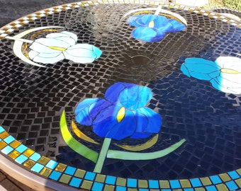 Mosaic Round Table with Base