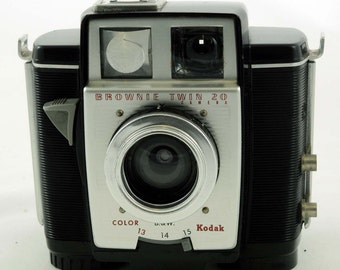Kodak Brownie Twin 20 film camera 1960's
