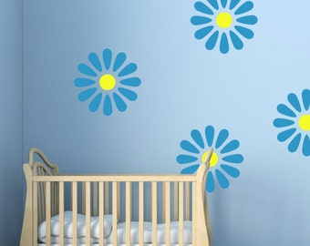 Daisy Wall Stencil, Wall Art Stencil  in reusable Mylar, wall art, small to large stencils up to 19.5 x 27.5 inches.