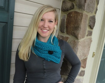 crochet chunky ribbed scarf available in several colors