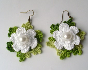White Crochet Earrings. Flowers Handmade Earrings. Crochet Earrings.