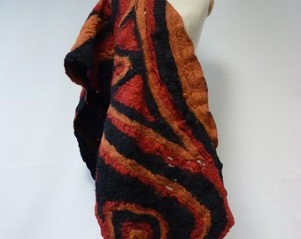 Sale, new price 65 EUR, original price 99. Amazing handmade haute bohemia felted shawl. Only one sample, artsy african look.