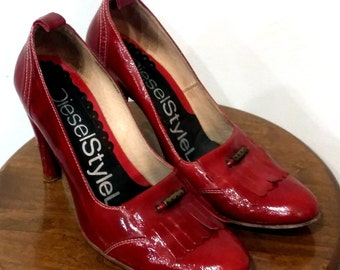 DIESEL STYLE LAB Women's Shoes ~ Red Fringe Glossy High Heels ~ Euro 40, U. S.  9 M