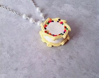 Fancy Cake necklace, polymerclay