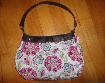 New Thirty-one Purse White with Big Pretty Flowers Purse Skirt for Suite Skirt Purse 31 Gifts