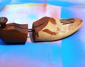 Vintage Shoe Tree / Wood Shoe Stretcher / 60s Shoe Tree / Vintage Shoe Stretcher