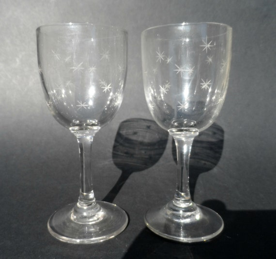 dating antique glasses Glasses can also provide magnification that is useful for people with vision impairments or specific archiveorg (article), 2012 , antique eyeglasses in america.