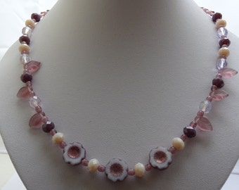 Pretty lilac and cream necklace