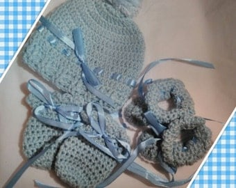 crochet baby beanie,mittens and boots