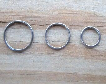 Natural Niobium Cartilage Hoop Earring, 20 Gauge Niobium 6mm 8mm 10mm Helix Hoop, Niobium Septum Ring, Niobium Tragus Ring, Piercing Gift