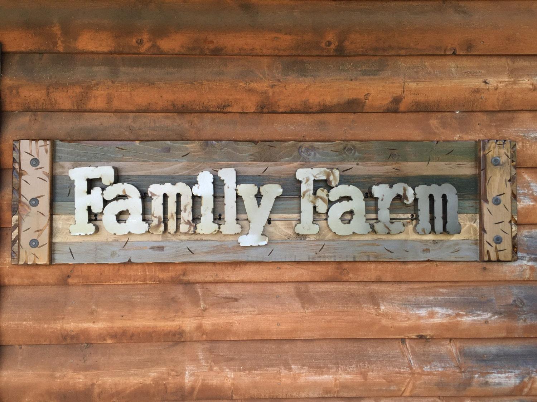 FAMILY FARM Farmhouse Decor Wall Rustic Sign GREEN ...