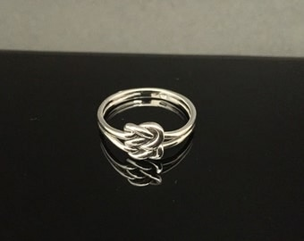 Double Love Knot Celtic Ring // 925 Sterling Silver // Hand Cast // Celtic Love Knot Ring // Sterling Celtic Love Ring